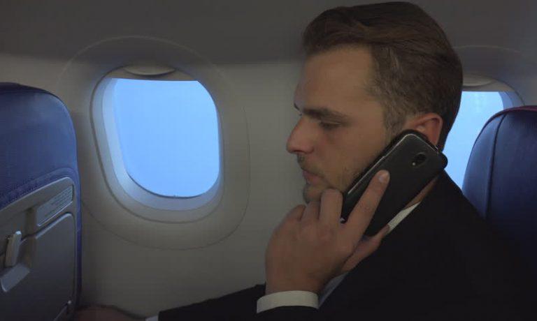 استفاده از تلفن همراه