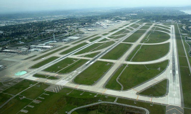 ۱۰۲۴px-Aerial_KSEA_May_2012