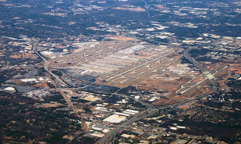 ۱۲۸۰px-Atlanta_Hartsfield-Jackson
