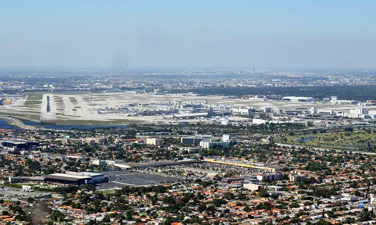 Miami_International_Airport_(KMIA-MIA)_(8204606870)