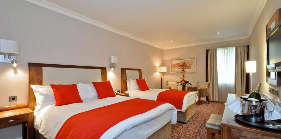 اطلاعات کامل درمورد هتل ها